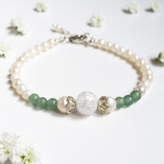 Aventurine, crystal and freshwater pearl bracelet