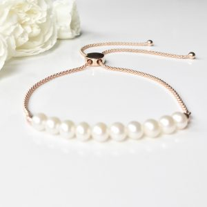 Rose gold and pearl bracelet | By Me Me Jewellery