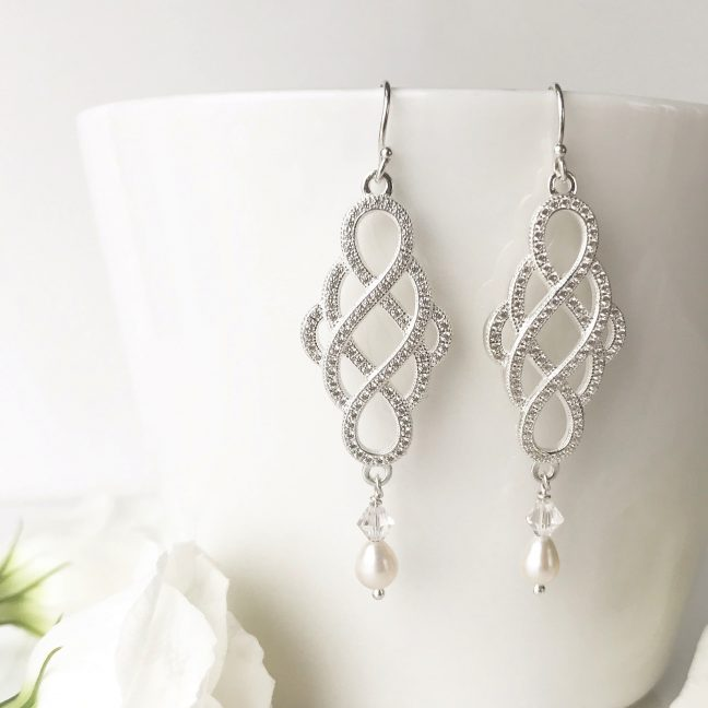 Love Knot Earrings | Me Me Jewellery