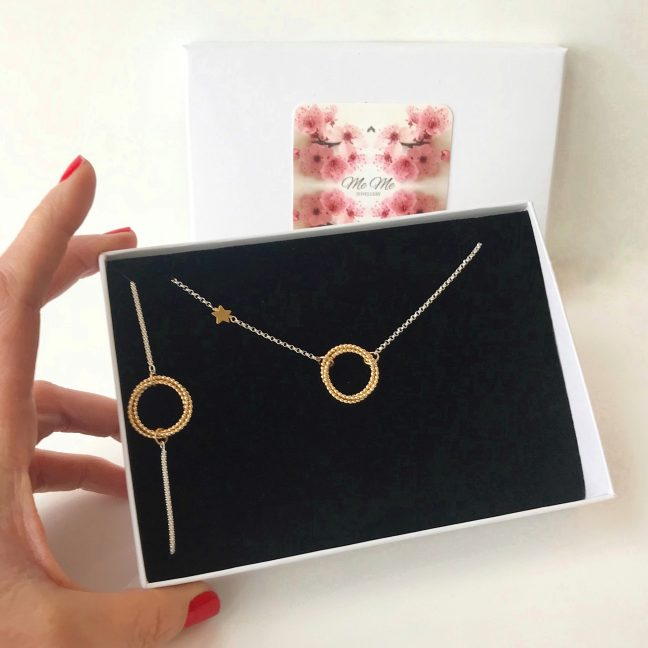 Gold eternity necklace and bracelet | Me Me Jewellery