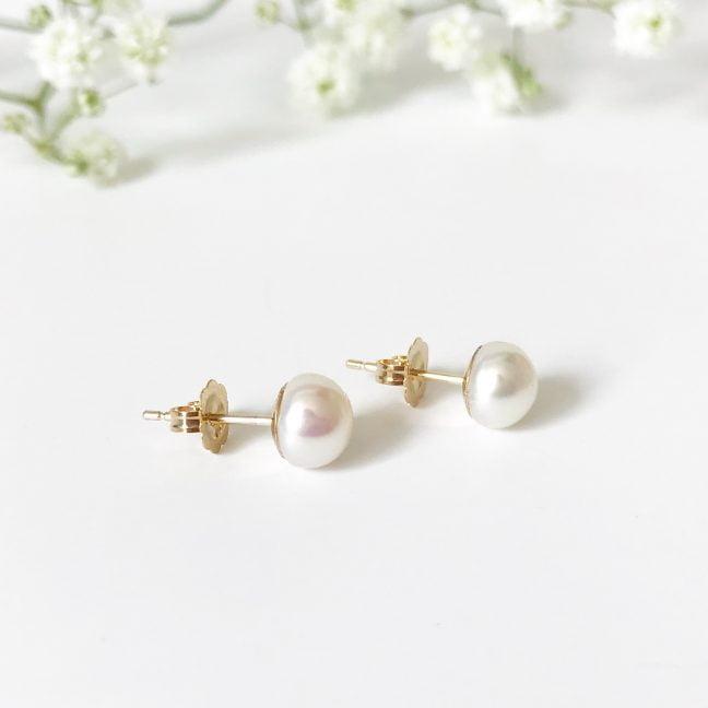 9ct Gold stud earrings | Me Me Jewellery