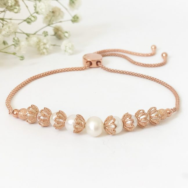 Rose gold and pearl bracelet | Me Me Jewellery
