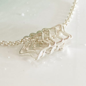 Fluid Five Star Necklace | Me Me Jewellery